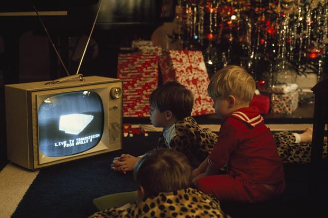 [Photos du mois] les photos gagnantes Apollo-8-broadcast