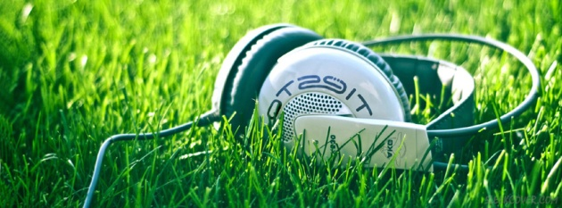 headphones-grass-facebook-cover