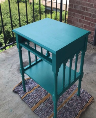 Lauren Hillner: refinished an old side table for my new apartment (after photo)
